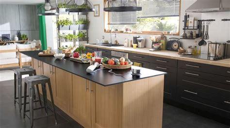ilot central cuisine ouverte cuisine en image