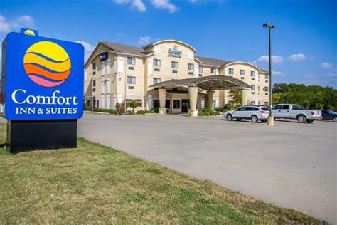 comfort inn atoka ok comfort inn suites atoka ok hotel reviews photos