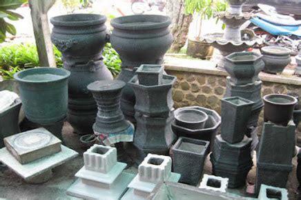 Jasa Pembuatan Taman Depok Sawangan Bogor jual aneka pot jasa pembuatan taman dan kolam daerah