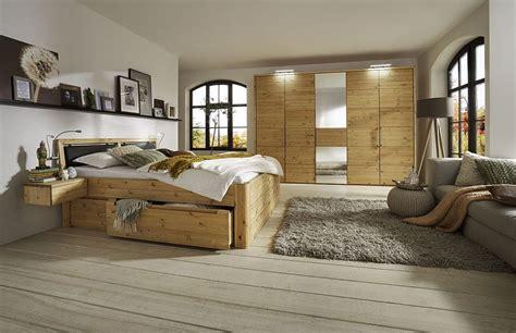 schlafzimmer aus holz gomab m 246 bel zum leben kiefern m 246 bel fachh 228 ndler in