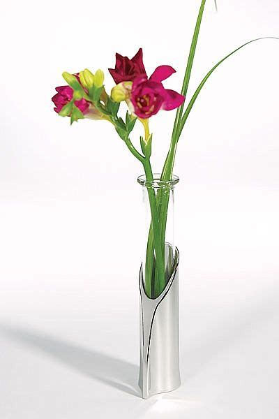 Single Flower Tube Vase   Wedding Collectibles