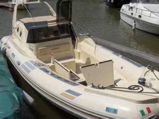 gommone cabinato solemar solemar offshore 23 in r 243 dano gommoni usate 68484 inautia