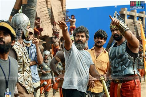 To False Records Rajamouli Uninterested In False Records As Baahubali