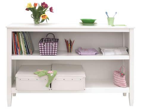 bücherregal weiß 60 cm breit wohnzimmer einrichten viele fenster