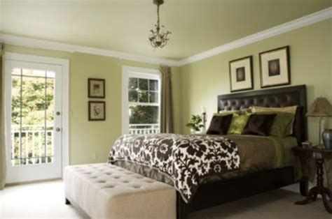light green and brown bedroom ideas