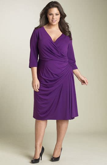 fine clothing 60 plus dresses for women over 50 with a stomach best brands for
