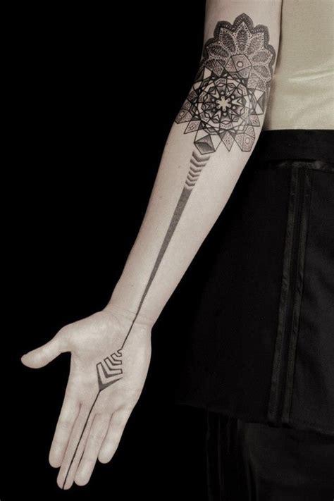 minimalist tattoo imgur minimalist tattoos x post r tattoos minimalism