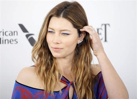 jessica biel usa show jessica biel reacts to the sinner s series pickup at usa