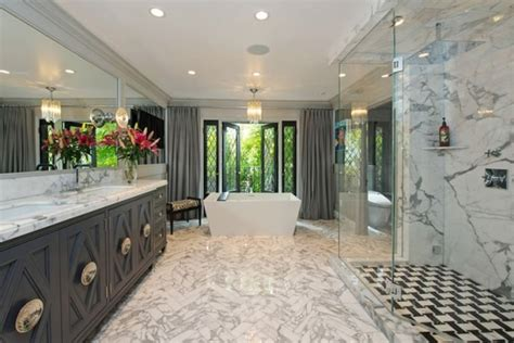jeff lewis bathroom design jeff lewis master bath black and white herringbone marble floors free standing tub shower