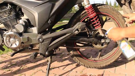 motosiklet zincir bakimi yaglama kuba cr youtube