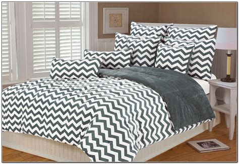 black chevron bedding uncategorized 29 black and white chevron bedding black
