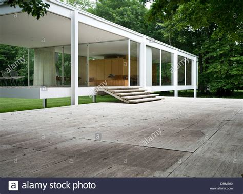 mies der rohe farnsworth house farnsworth house plano united states architect ludwig