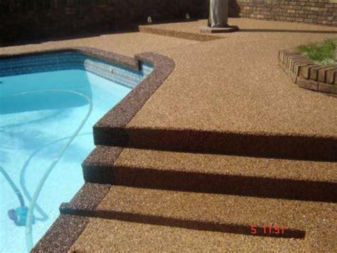 Natural Pool pebble paving kae wasmuth