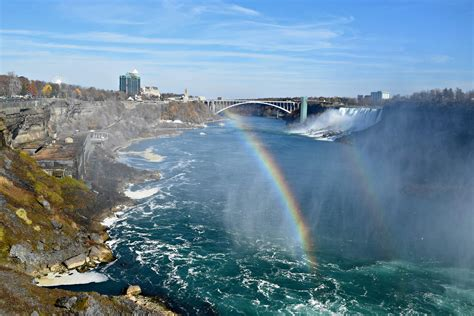 niagara falls for everybody what to see and enjoy a complete guide books 5 reasons to visit niagara falls in late fall and winter