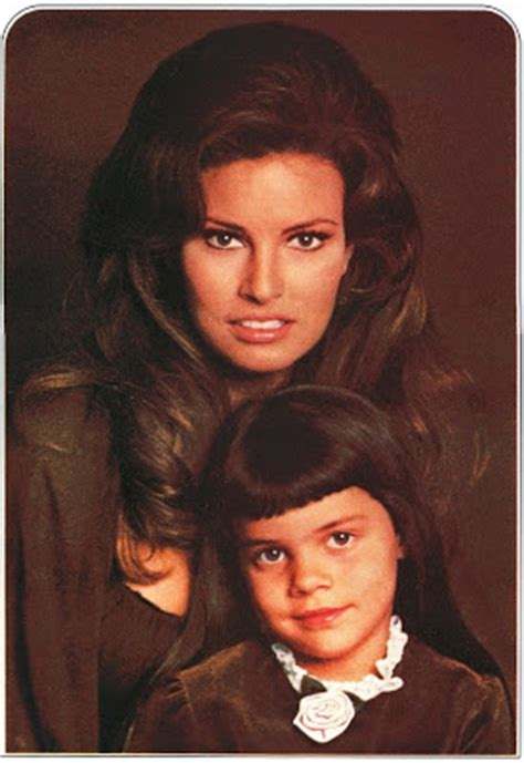 raquel welch daughter photos sixties style raquel tahnee welch like mother like