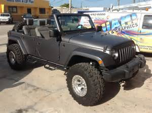 jeep matte black wrap from miami signs and graphics