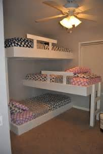 beds for small rooms best 25 triple bunk ideas on pinterest triple bunk beds 3 bunk beds and triple bed