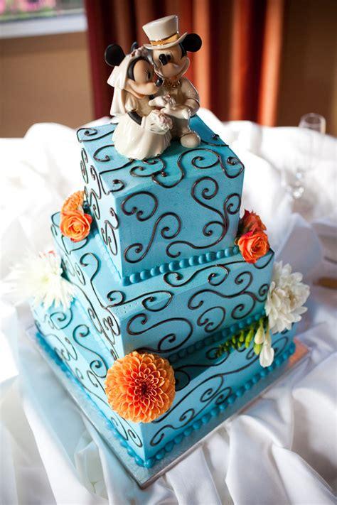 nintendo groom s cake wii mii cake topper paul pape designs dallas senior portrait