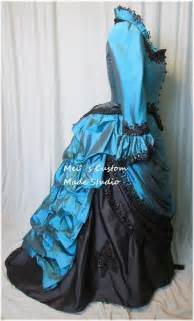 Beading victorian wedding bustle ball gown party costume holiday dress