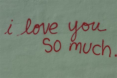imagenes de i love you so much jo s coffee s i love you so much mural vandalized again