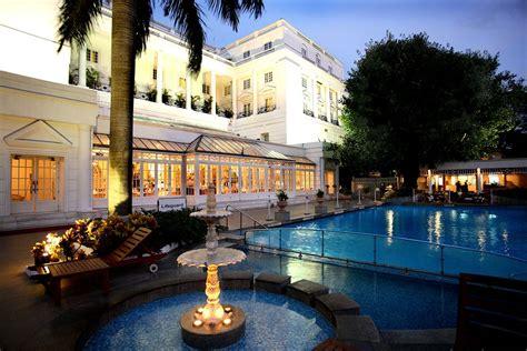 Conference Room Desk Itc Windsor Sheraton Hotel Bangalore Indian Holiday