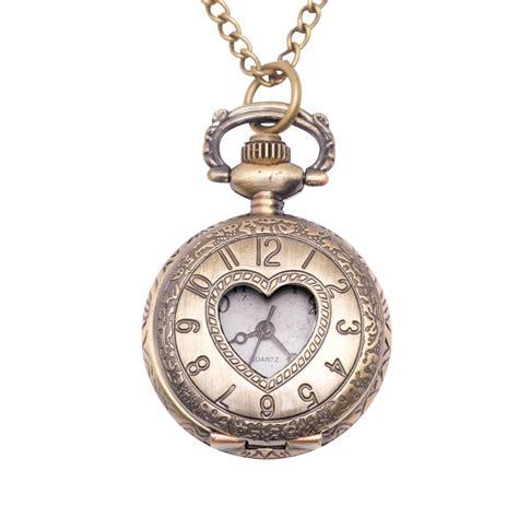 vintage style pocket locket pendant