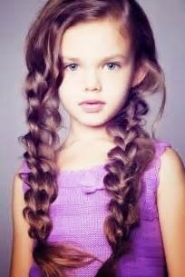 Hairstyle For Kids Girls by 29 Perfect Kids Hairstyles For Girls Creativefan