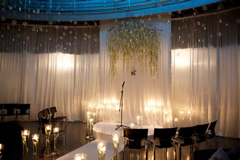 Cupola Theater erin matt cupola theatre honolulu design center oahu hawaii wedding photographer derek