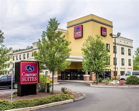 comfort suites southington ct comfort suites southington cheshire in southington ct