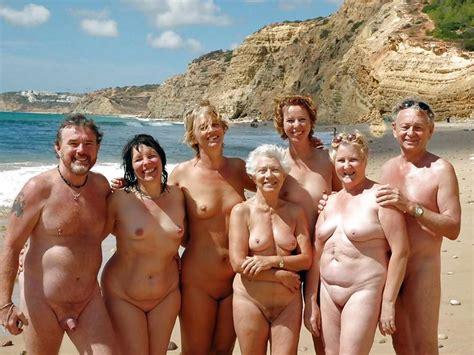 Beautiful Group Of Nudist Binudist