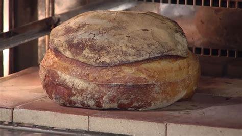 pan de pueblo recetas 8416449929 hogaza de pan de pueblo con masa madre pan de co olivier hanocq receta canal cocina