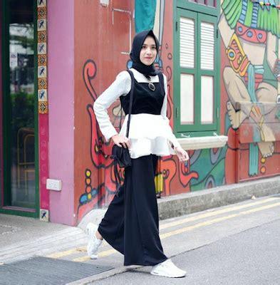 Tasya Kulot Ootd Muslim By Enter inspirasi fashion monokrom ala selebgram amelia