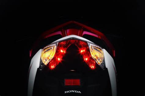 Lu Led Projector Vario 125 all new honda air blade black and silver