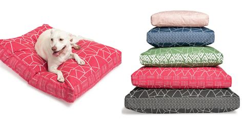 design milk holiday gift guide dog bed holiday gift guide 012 dog milk