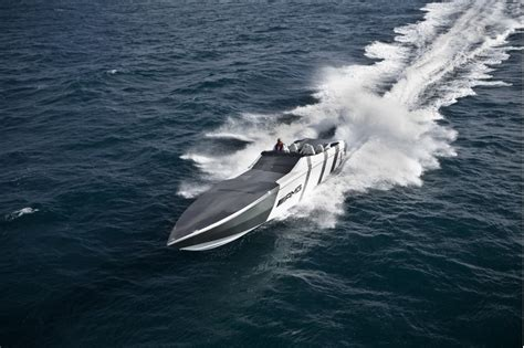 speed boat mph mercedes benz boat 193 mph