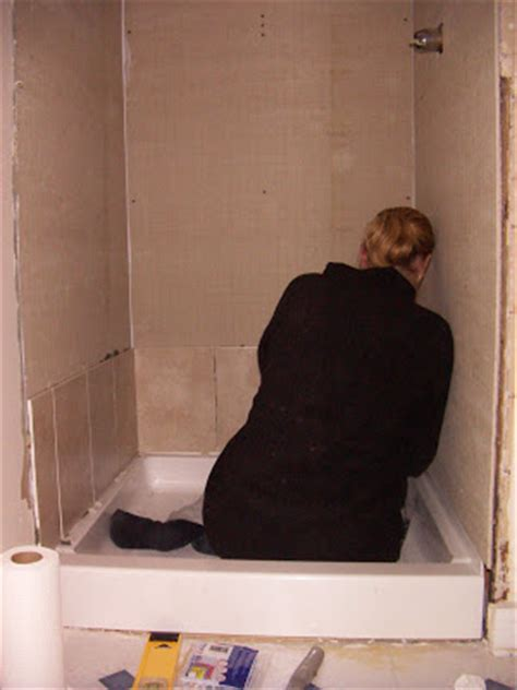 Hardibacker Shower Walls by Diy Disaster Avoidance How To Tile Shower Walls