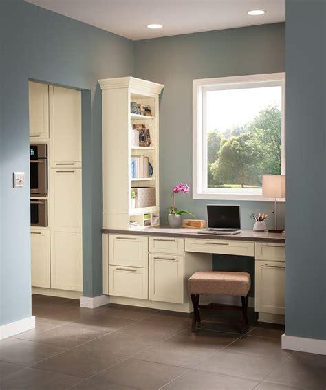 shenandoah cabinetry shenandoah cabinetry painted silk breckenridge door