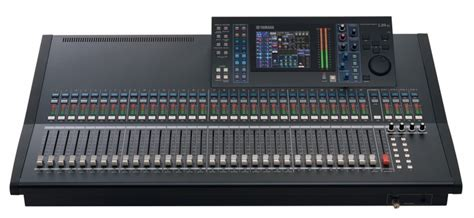 Mixer Yamaha 32 Channel yamaha ls9 32 32 channel digital live mixer muzeek world