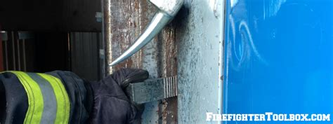 forcible entry inward swinging door single firefighter forcible entry inward swinging door