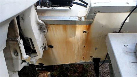 how to make a boat rust removing rust stains from a fiberglass boat youtube