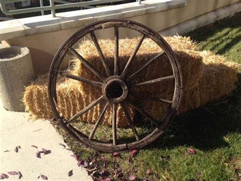 wagon wheel decor all out event rental