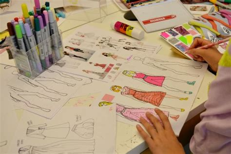 fashion illustration classes overcome your pencil fear and learn fashion illustration hamstech