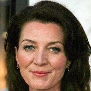 michelle fairley northern ireland michelle fairley bio facts family famous birthdays