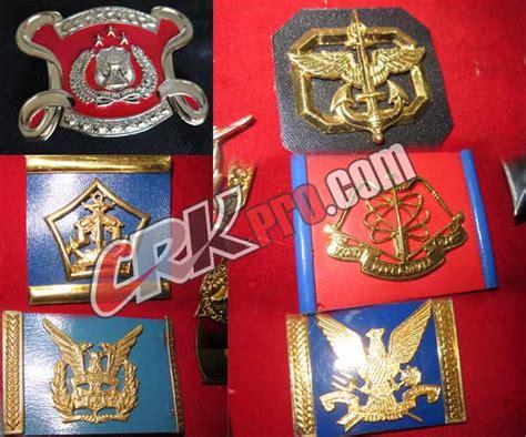 emblem baret tni polri sabhara polisi militer ad al au