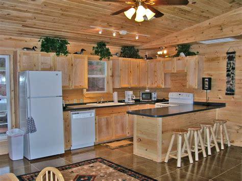 best 25 log home interiors ideas on pinterest log home wood cabin kitchen best 25 log cabin kitchens ideas on