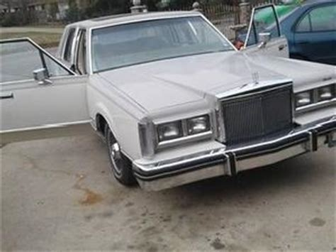 82 lincoln town car lincoln town car used cars in dallas mitula cars