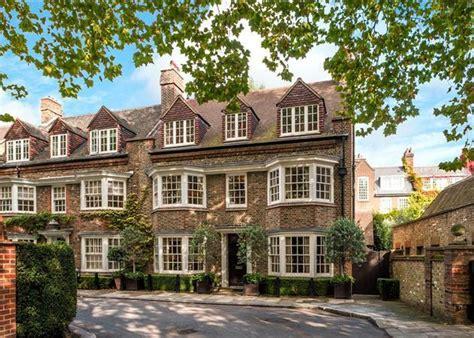 6 bedroom house in london 6 bedroom house for sale in chelsea park gardens chelsea