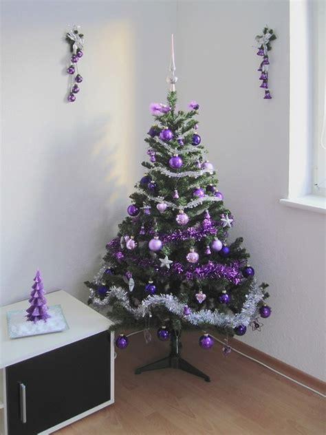 arbol navidad morado decoraci 243 n navide 241 a en morado decoraci 243 n de interiores y