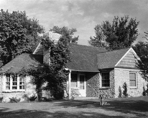 marking iowa city history through the moffitt cottages