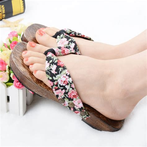 japanese sandal image gallery s geta